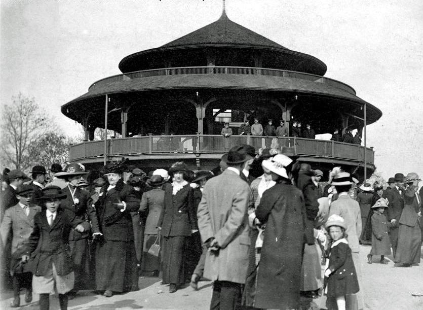 Pavilion 1913_cropped1.jpg