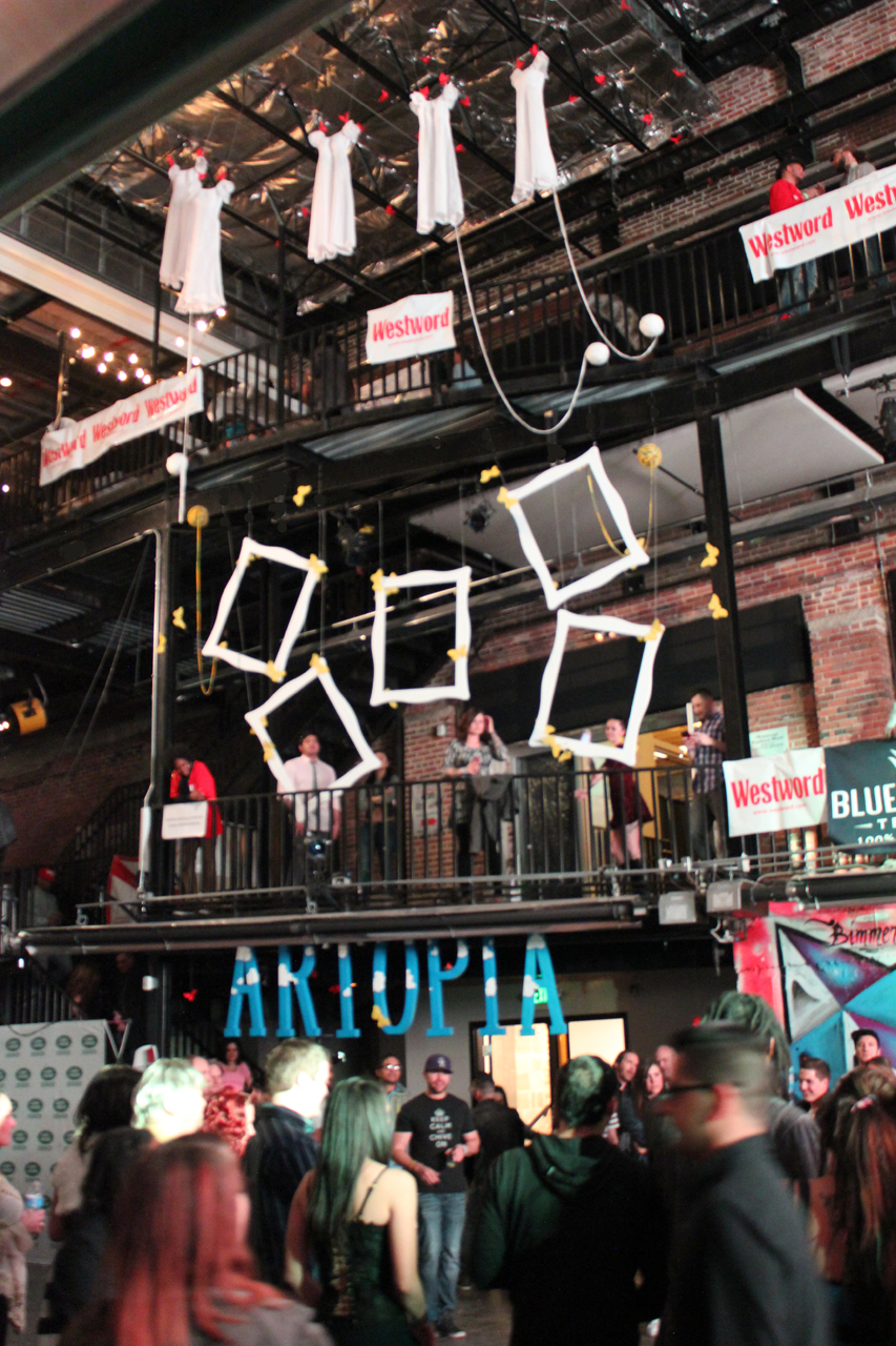 ARTOPIA INSTALLATION by Laura Phelps Rogers at artopia 2016 view6_lauraphelpsrogers.jpg