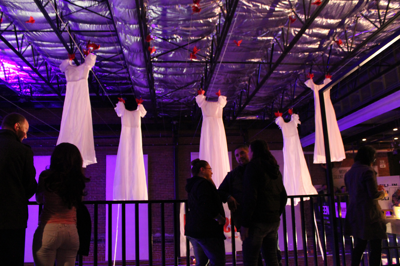 ARTOPIA INSTALLATION by Laura Phelps Rogers at artopia 2016 view7_lauraphelpsrogers.jpg