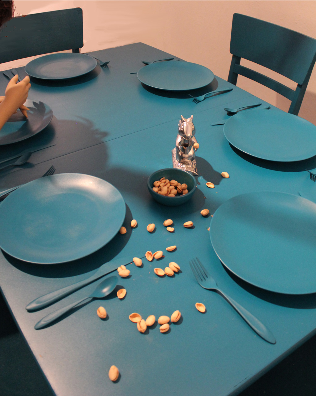 COMPANY FOR DINNER, sculpture, dimesions variable, color variable, laura phelps rogers.jpg