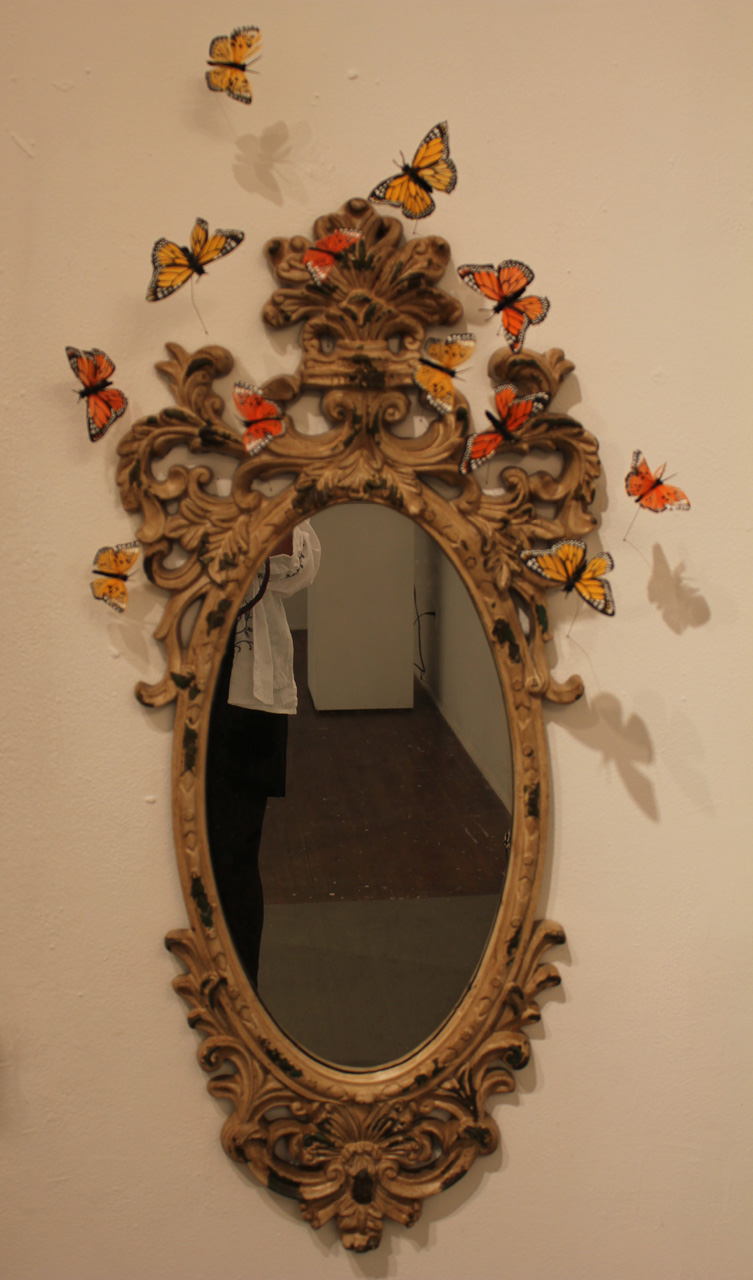 MIRRORS AND PICTURE FRAMES AS SCULPTURAL Room elements, shown MIRROR FROM STRANGLEY DECADENT_laura phelps rogers.jpg