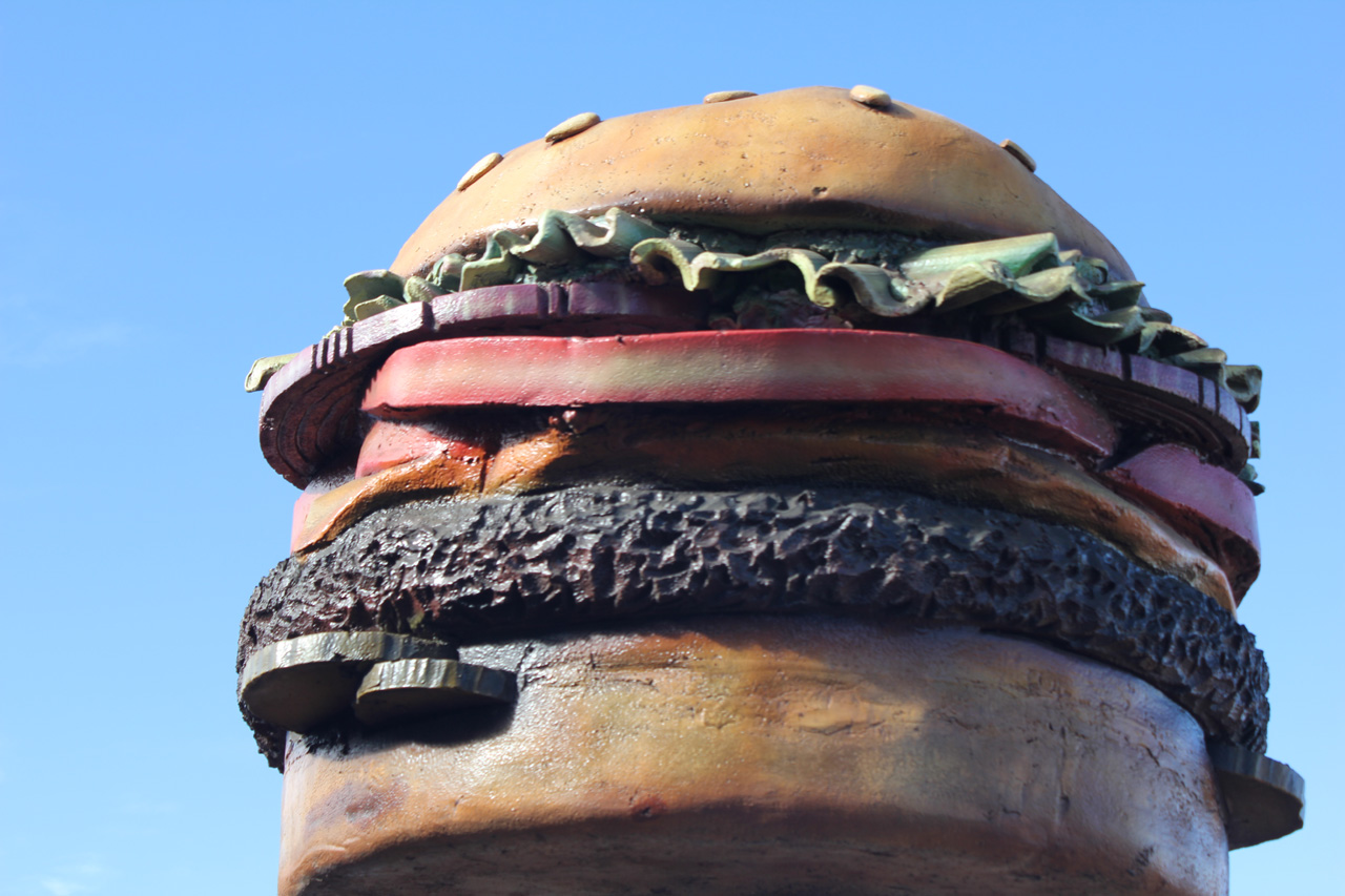 inspiration5 oversize burger roadside, image by laura phelps rogers.jpg