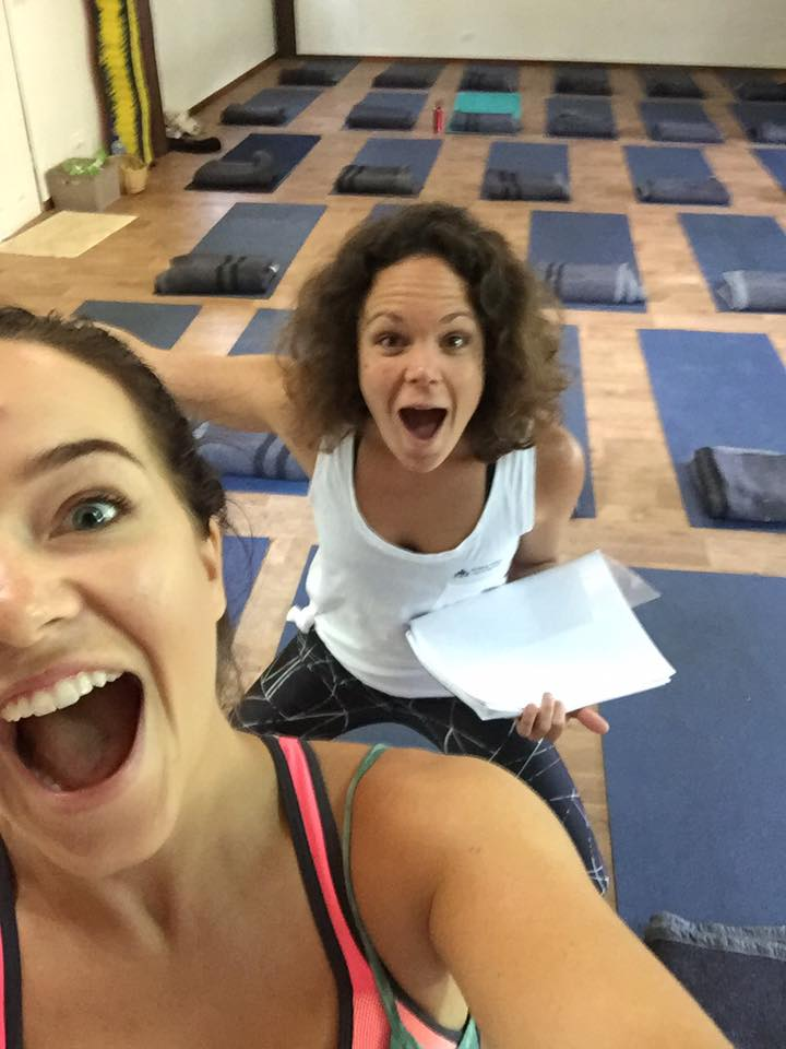 Excited yogis before teaching vinyasa flow!