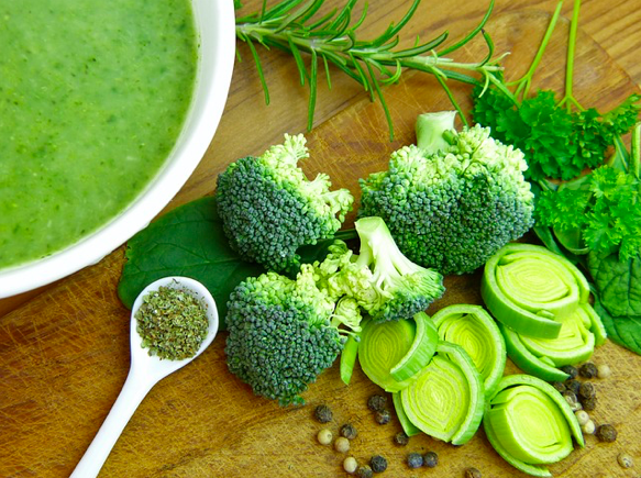 Nurture yourself with delicious, healthy greens. (Photo courtesy of Pixabay)