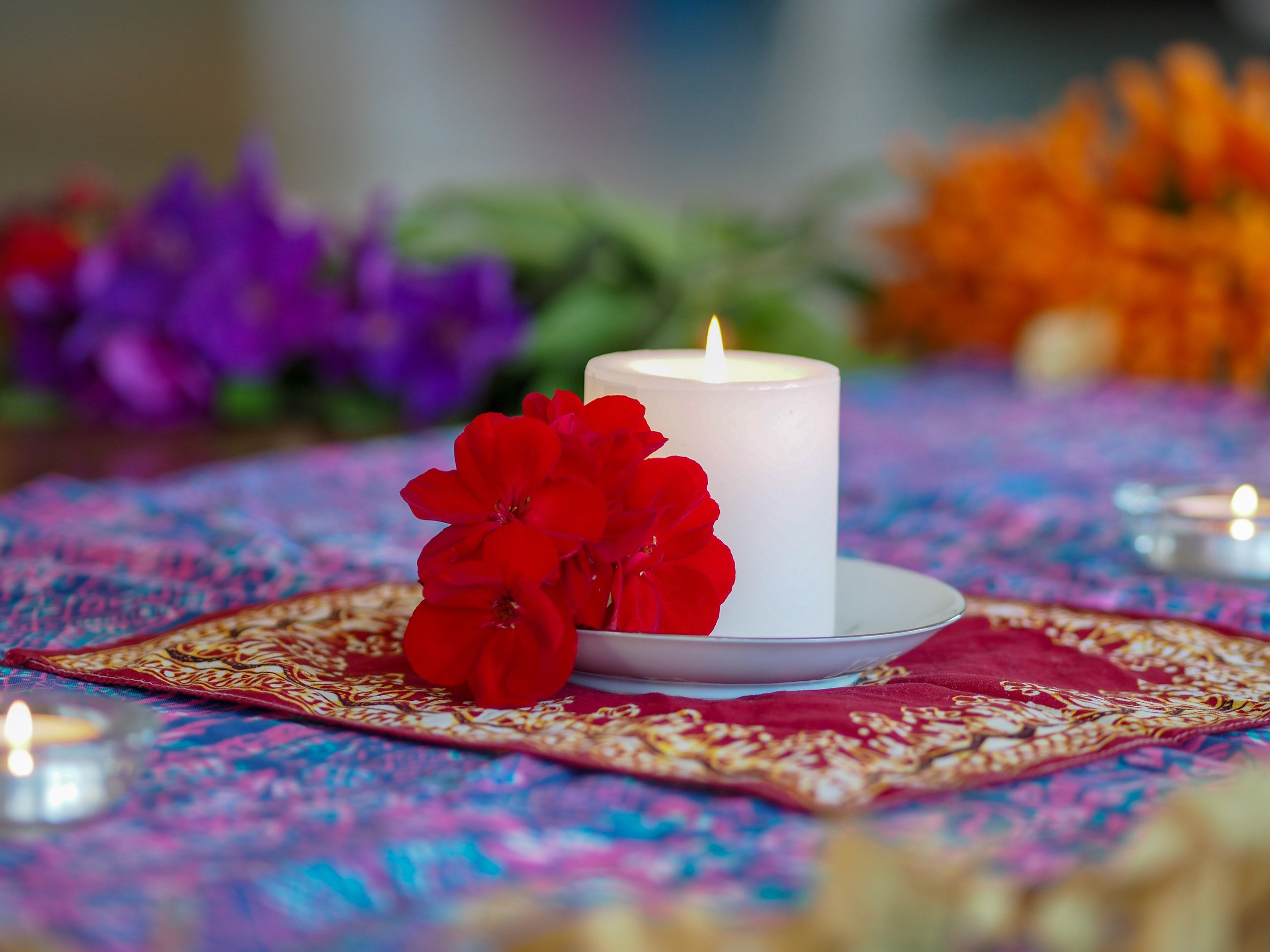 Flower candle_small.jpg