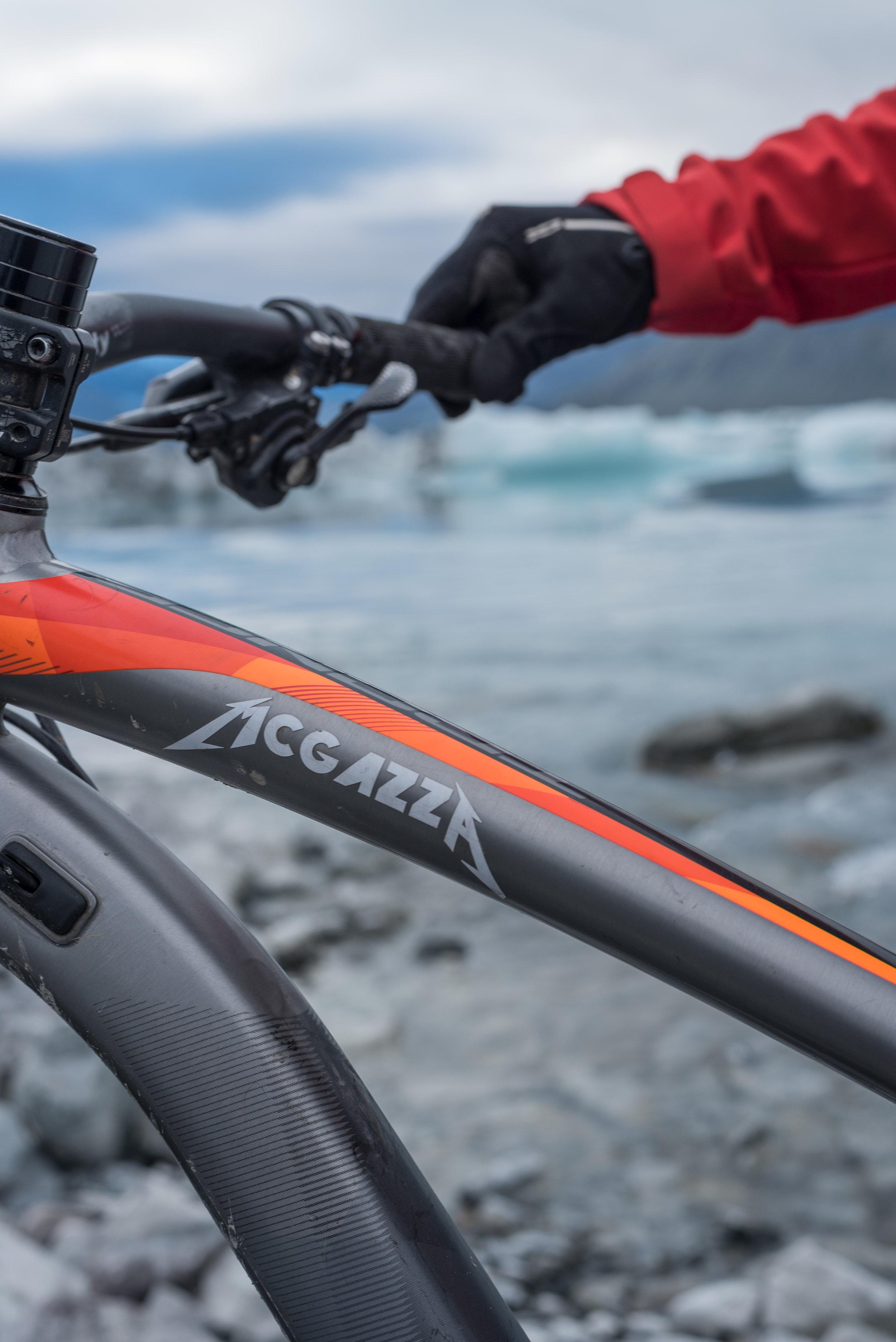Tasman-Bike-Pose11-McAzza.jpg