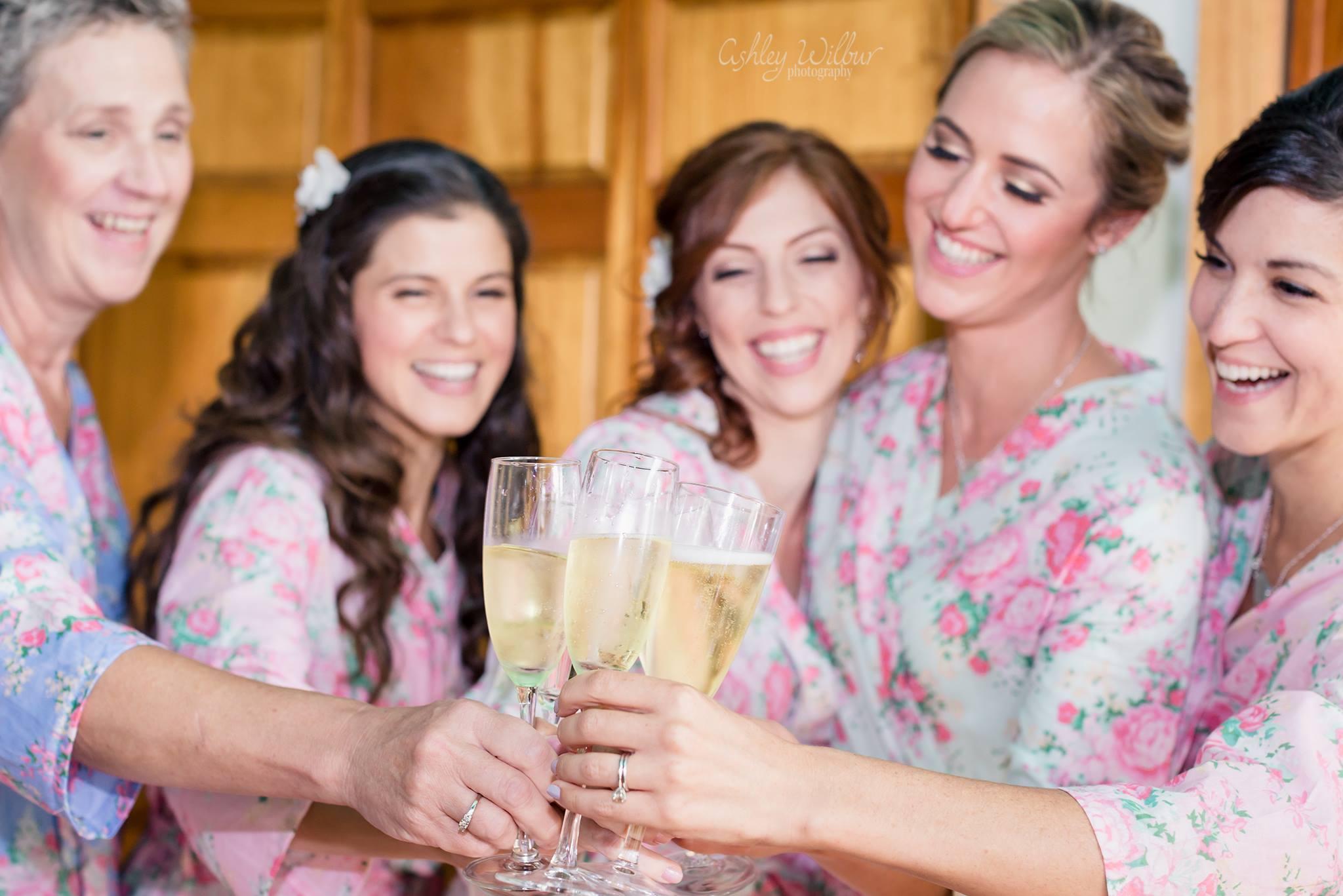 Bridal Get Ready - Saratoga Lake NY wedding