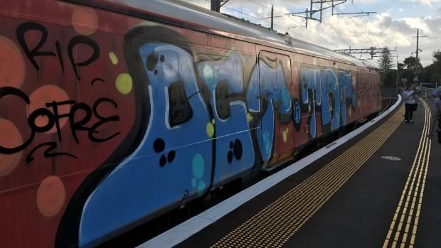 NZ GRAFFITI BOMB .jpg