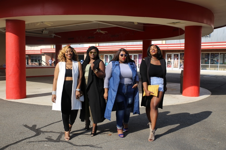 Some time in 2014. I met these women through my blog and we've been in touch ever since. From l-r ( @roadtofashionable ,  @heartprintandstyle ,  @supplechic , me  @onacurve) . p.s. I'm cringing at my outfit.