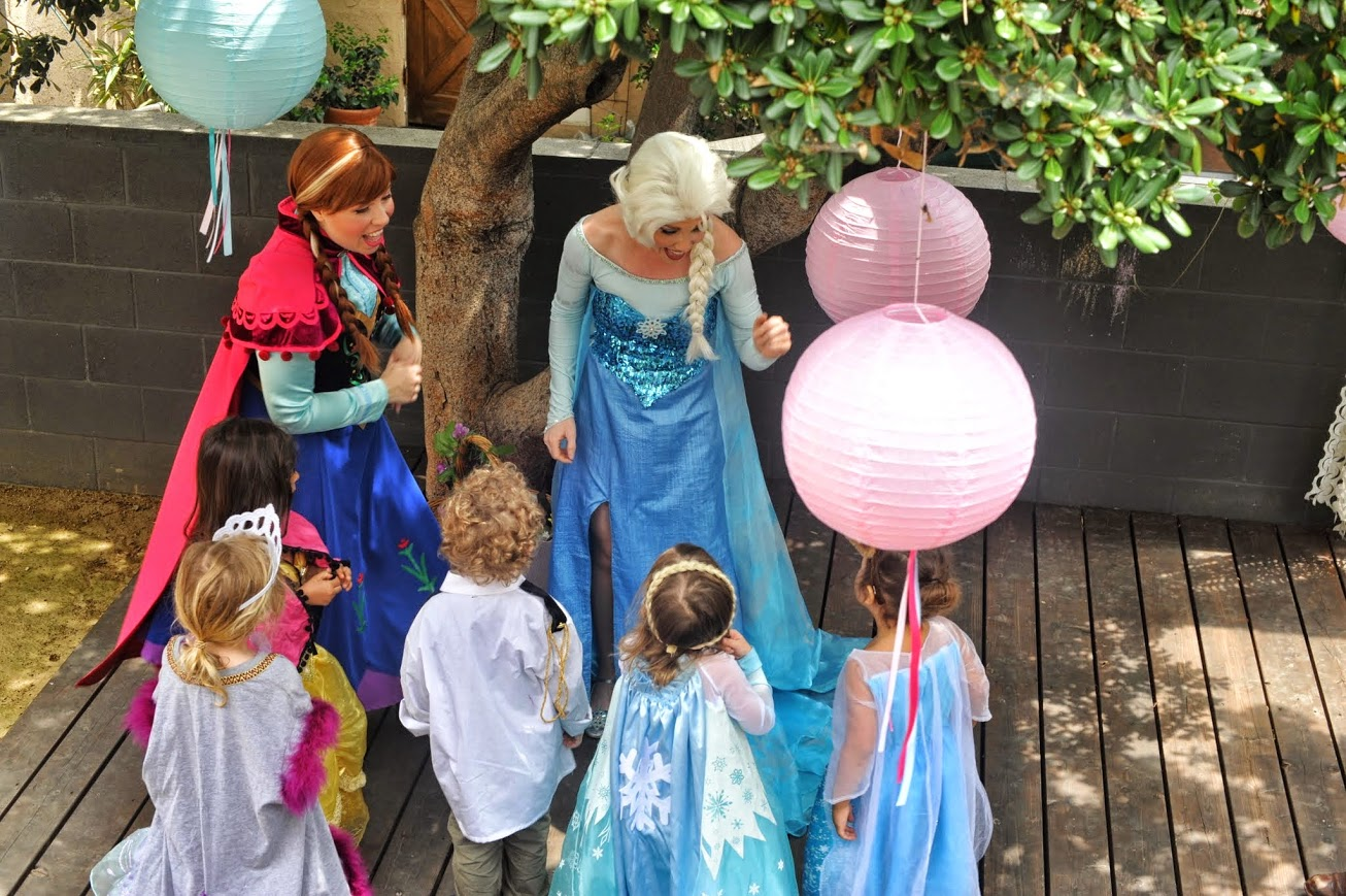 Princess Anna Queen Elsa lookalike singing party characters Los Angeles