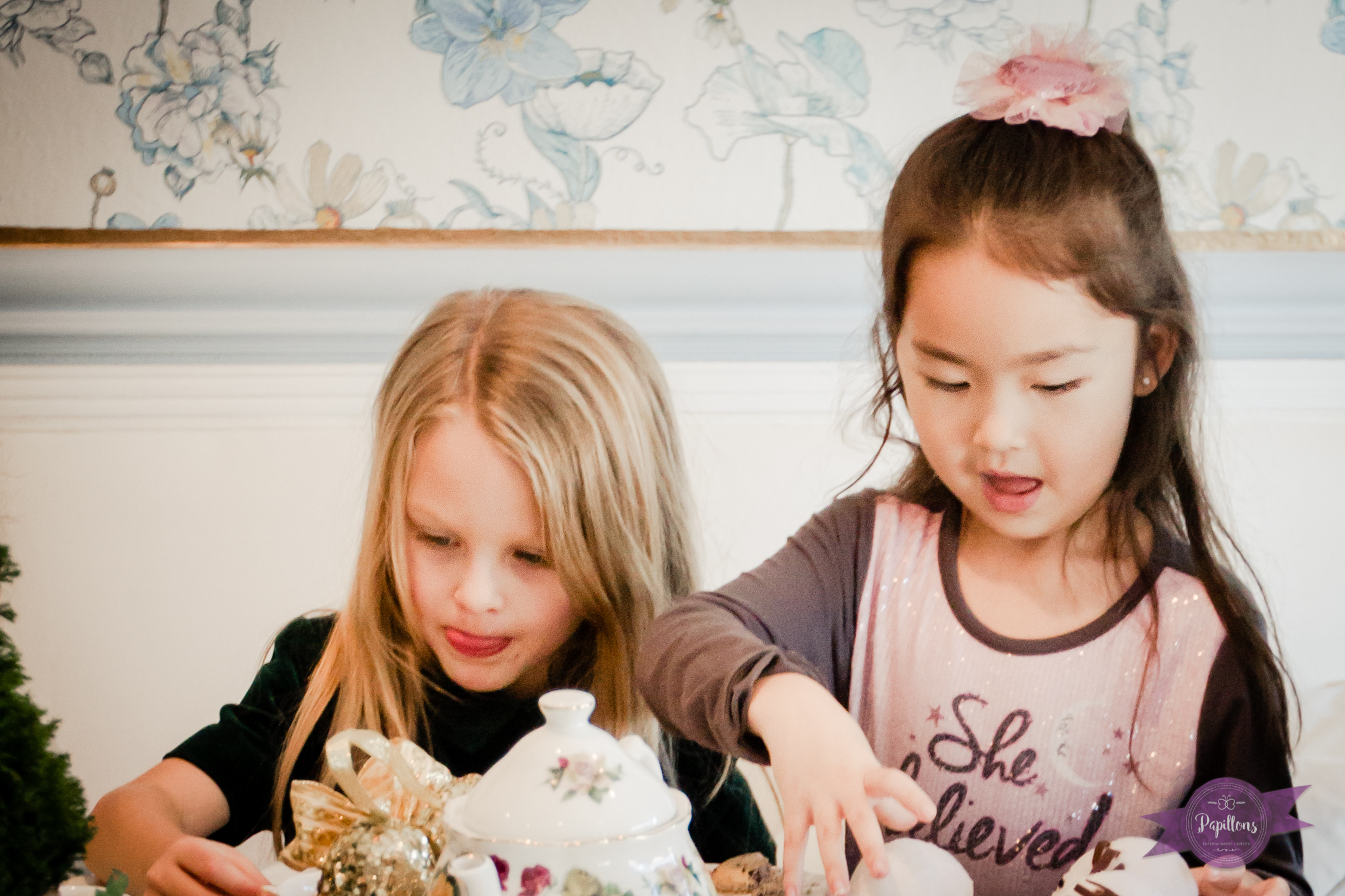 building a snowman at the tea party french confection co burbank (1 of 1)-2.jpg