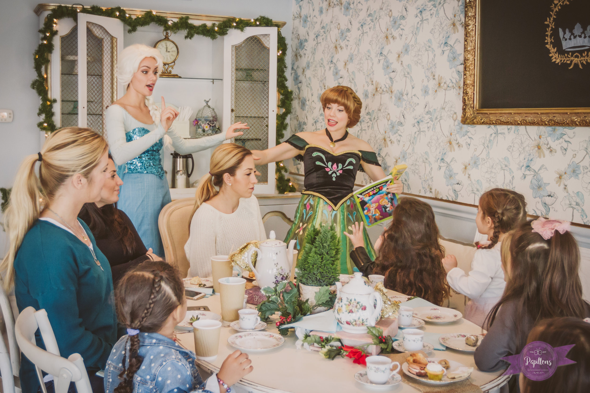 the french confection co queen elsa princess anna tea party burbank (1 of 1)-2.jpg