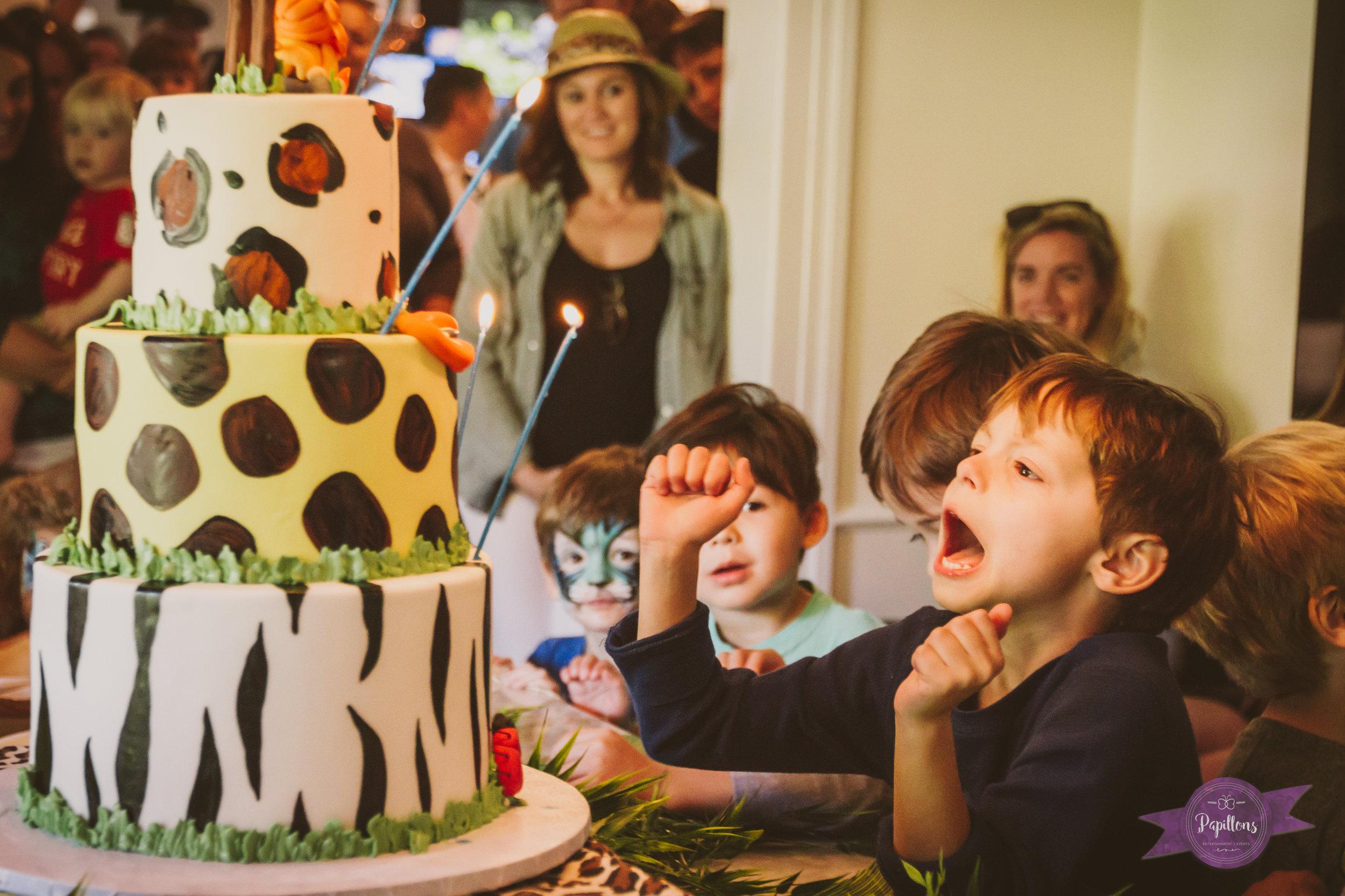 leo safari party cake make a wish 1.jpg