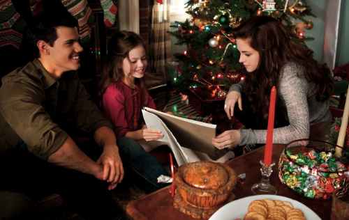 Shape-shifter, immortal hybrid child and vampire, just another family Christmas at Billy's place