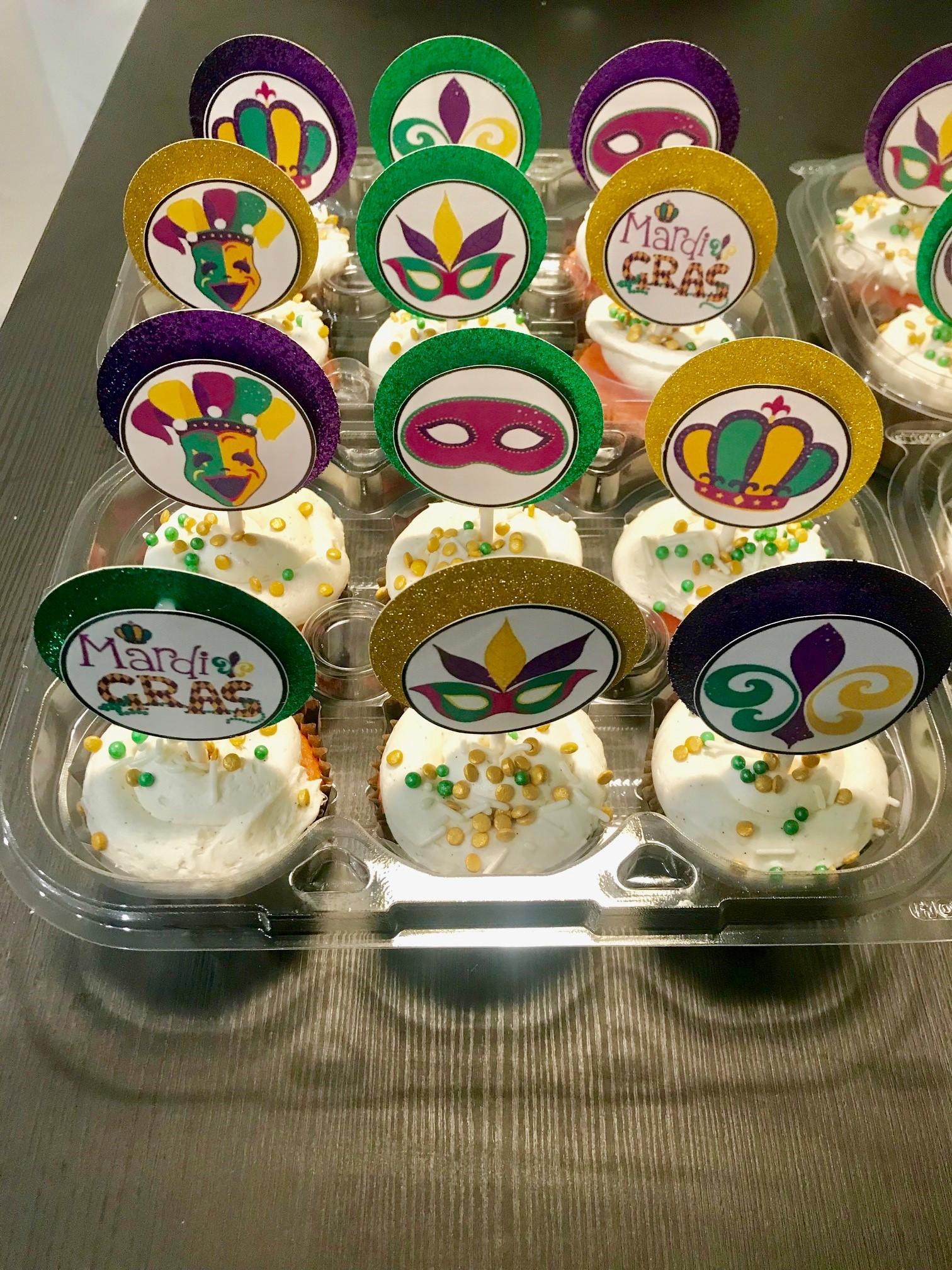 Mardi Gras cupcakes.jpg