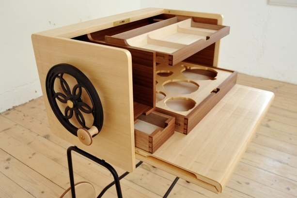 Image courtesy of: http://www.woodreview.com.au/photocompentry/atelier-sumikko