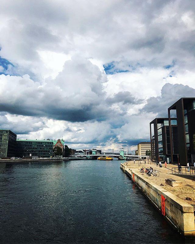 dramatic clouds over Copenhagen today #cyclingcopenhagen #rideinstyle #harbourcircle #visitdenmark #copenhagen #bridges #copenhagenvisitorservice #architecture #summer #picoftheday #københavn #cirkelbroen #christianshavn #visitcopenhagen