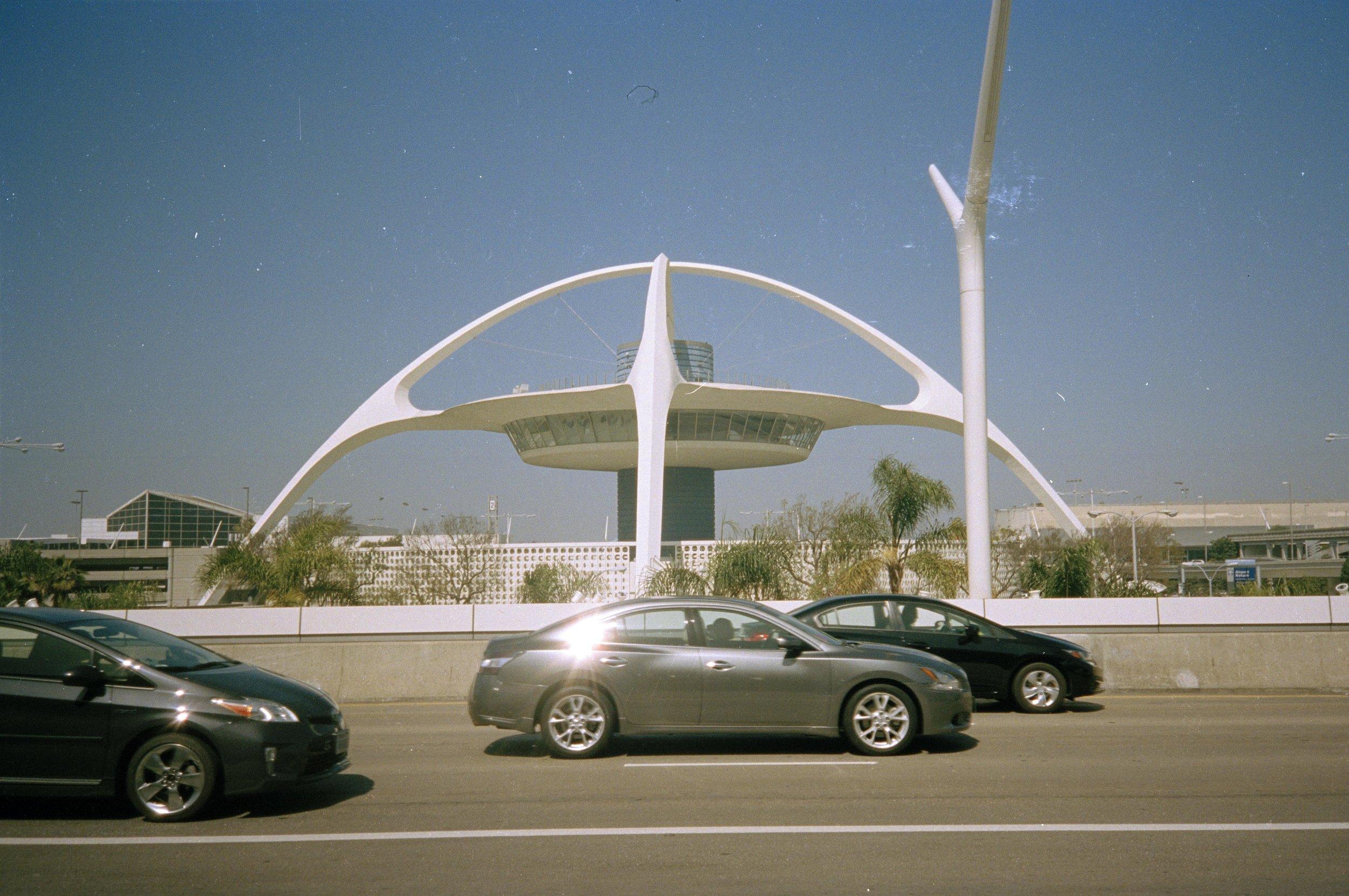 LA64.jpg