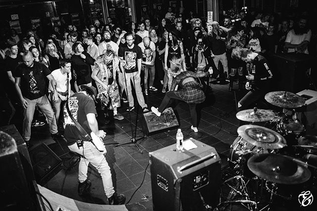 @bangmelbourne was wild 💖 ps go follow @pagancult @weareredhook @bodyparts.online . . 📷@electrumphotography . . #bang #bangmelbourne #girls #femme #equality #femmetothefront #party #drownthiscity #melbourne #metal #alternative #metalcore #posthardcore