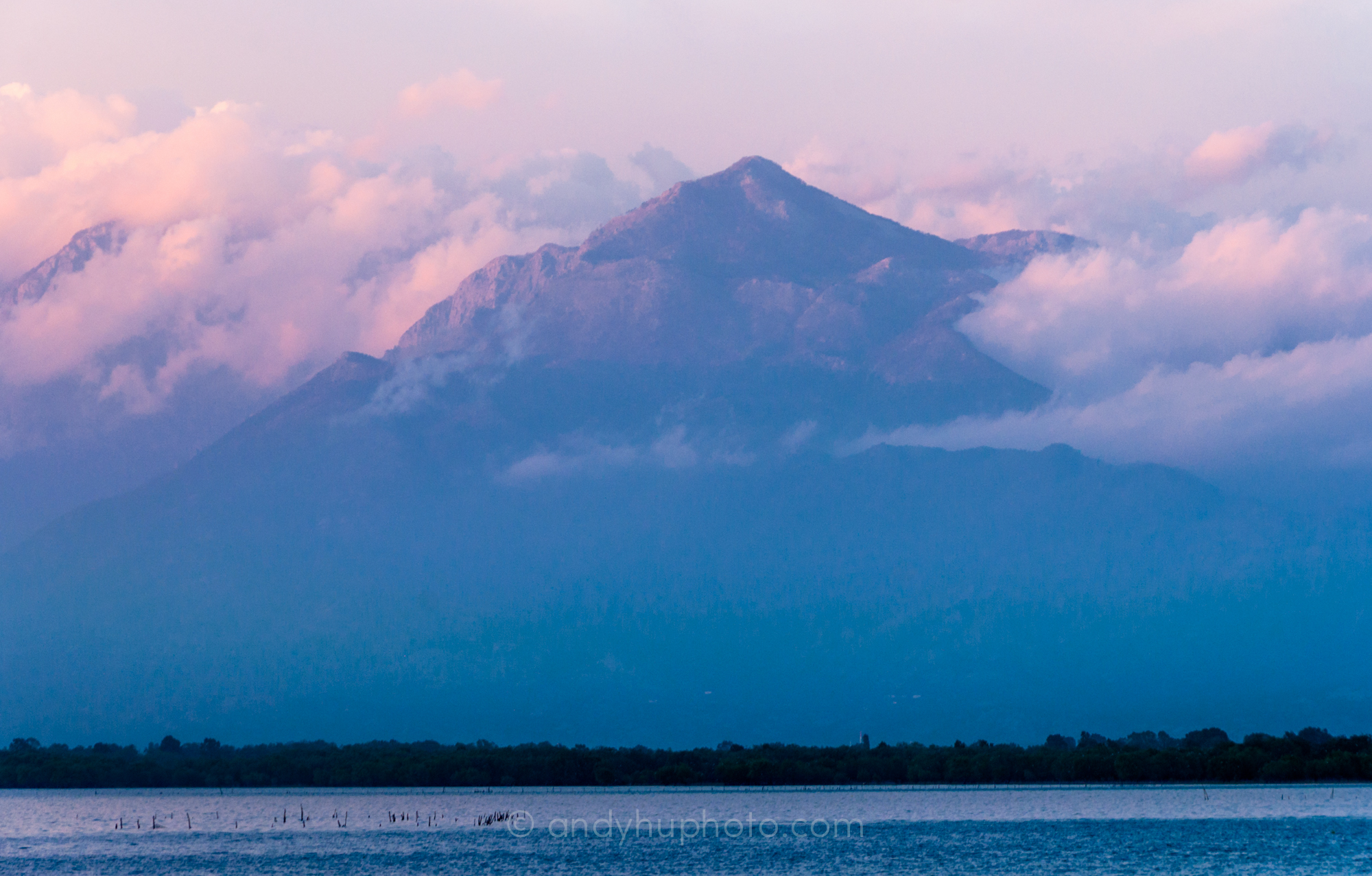 Skadarsko Jezero (Lake Skadar) and the Accursed Mountains