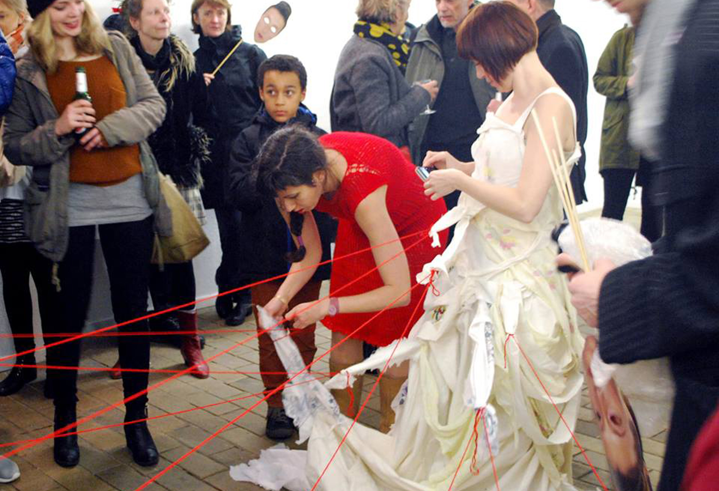 Interactive performance by Adi Liraz & Sanija Kulenovic  GDW, Bremen  2014  Photo by: Mari Poller
