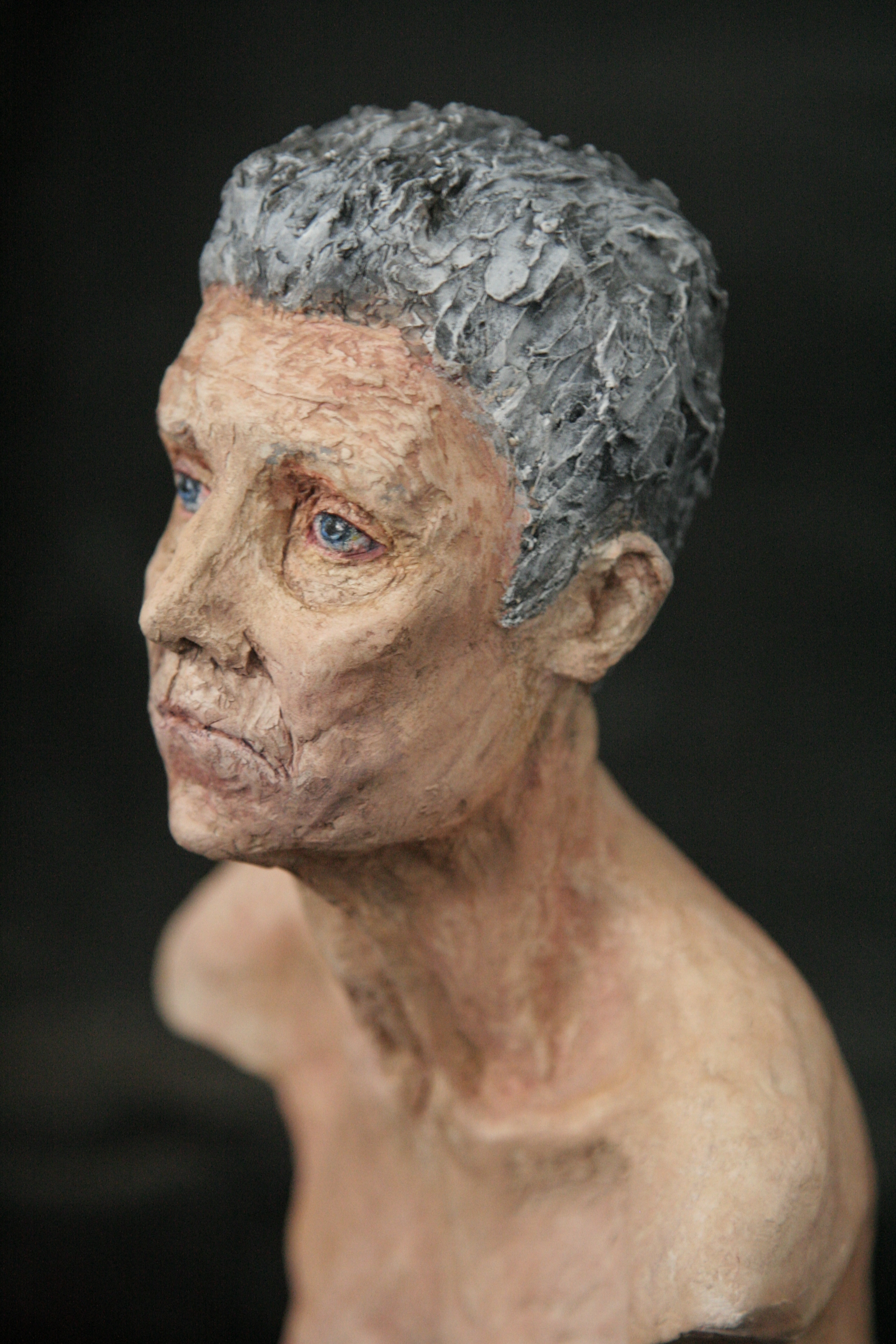 man-face-sculpture-olluna.JPG