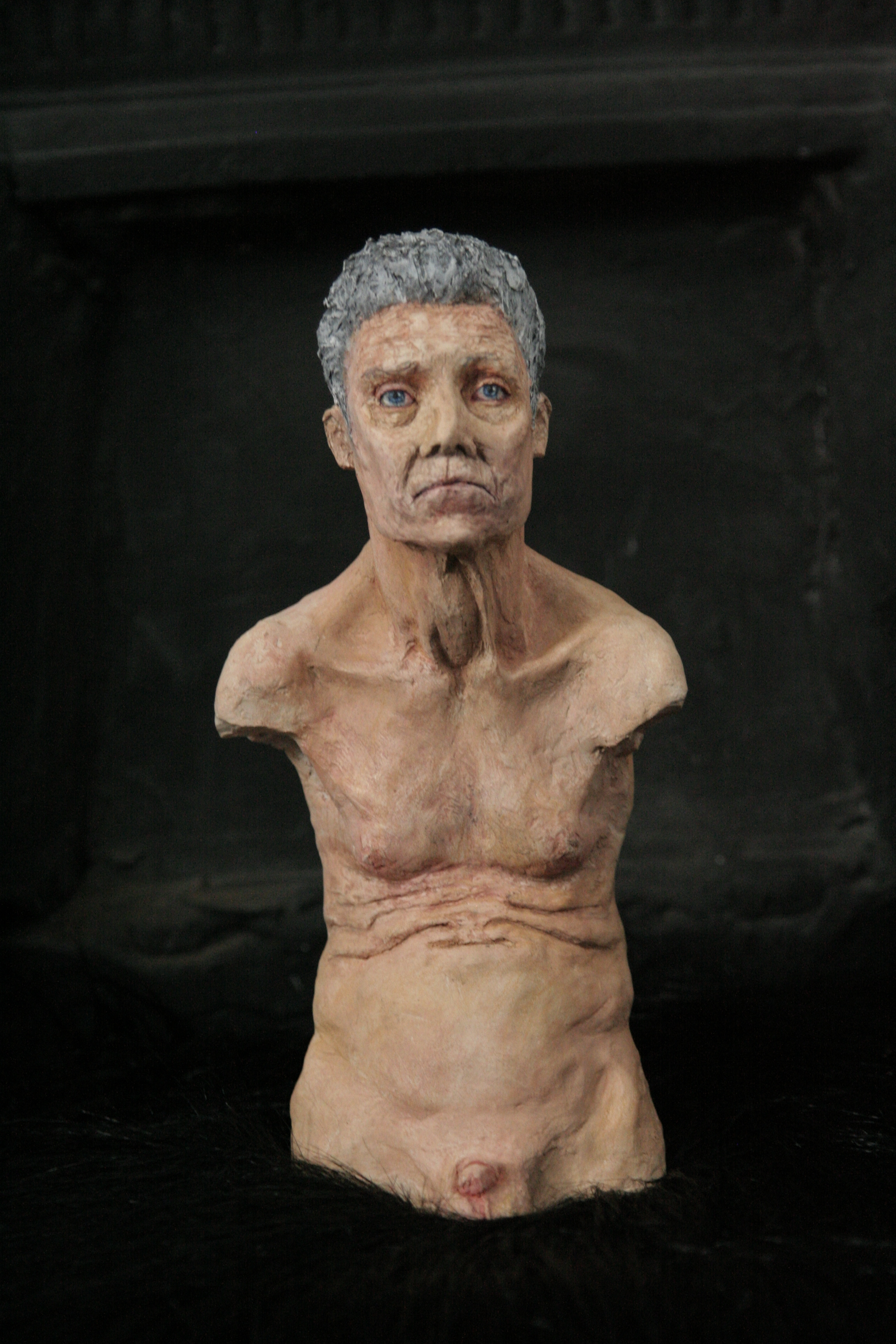 man-sculpture-olluna.JPG
