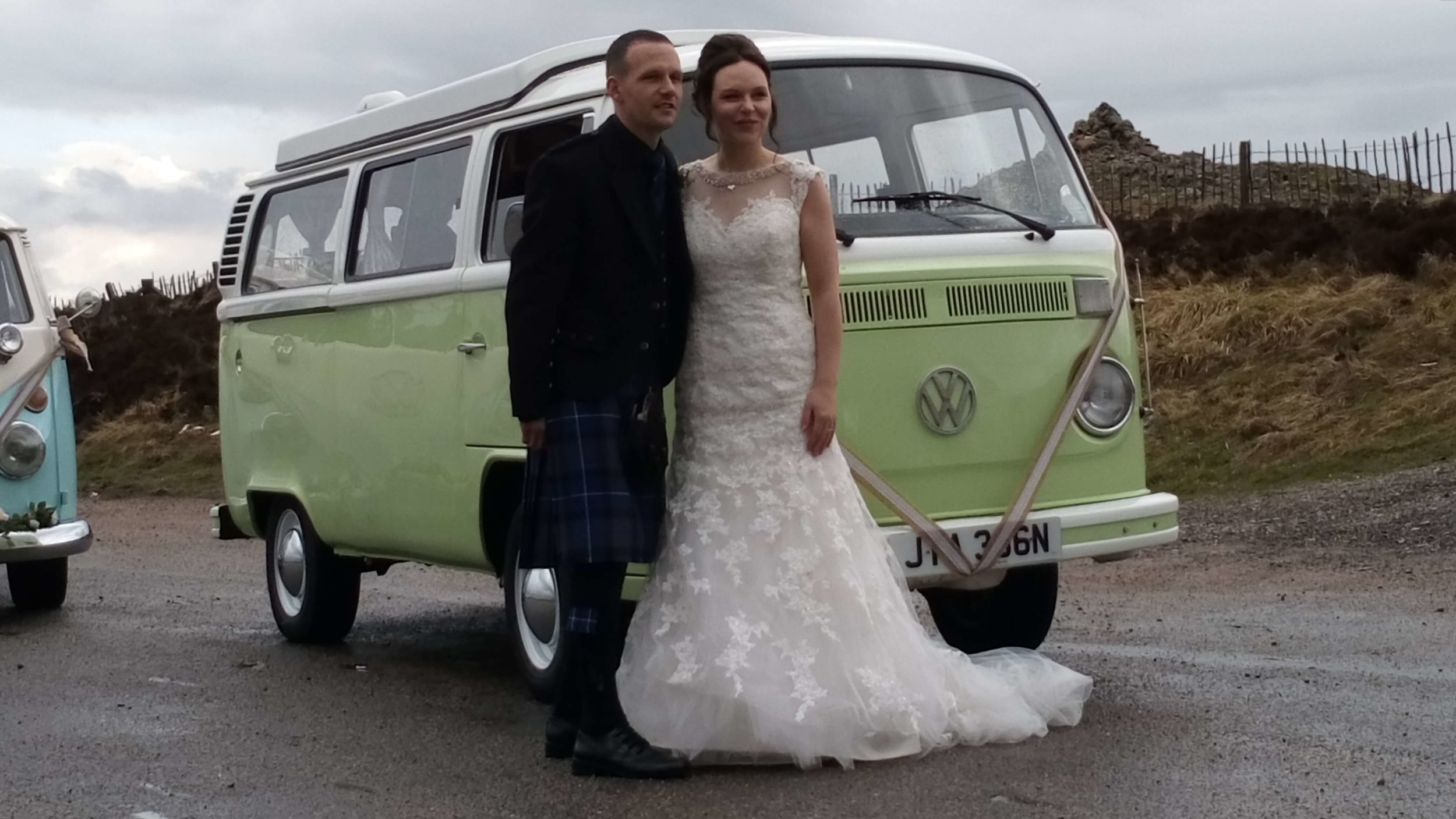 VW-camper-wedding-car-moomin-1.jpg