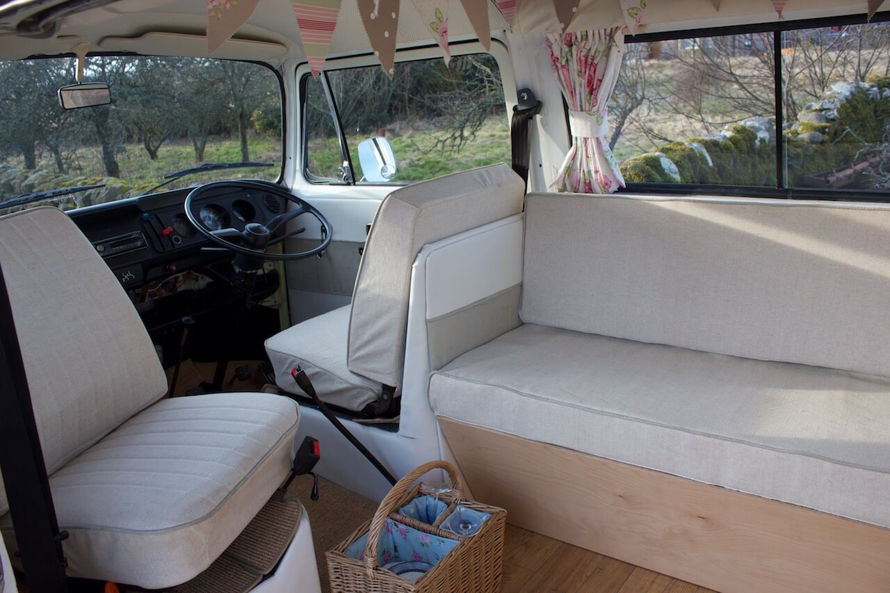 VW-camper-wedding-car-moomin-7.jpg
