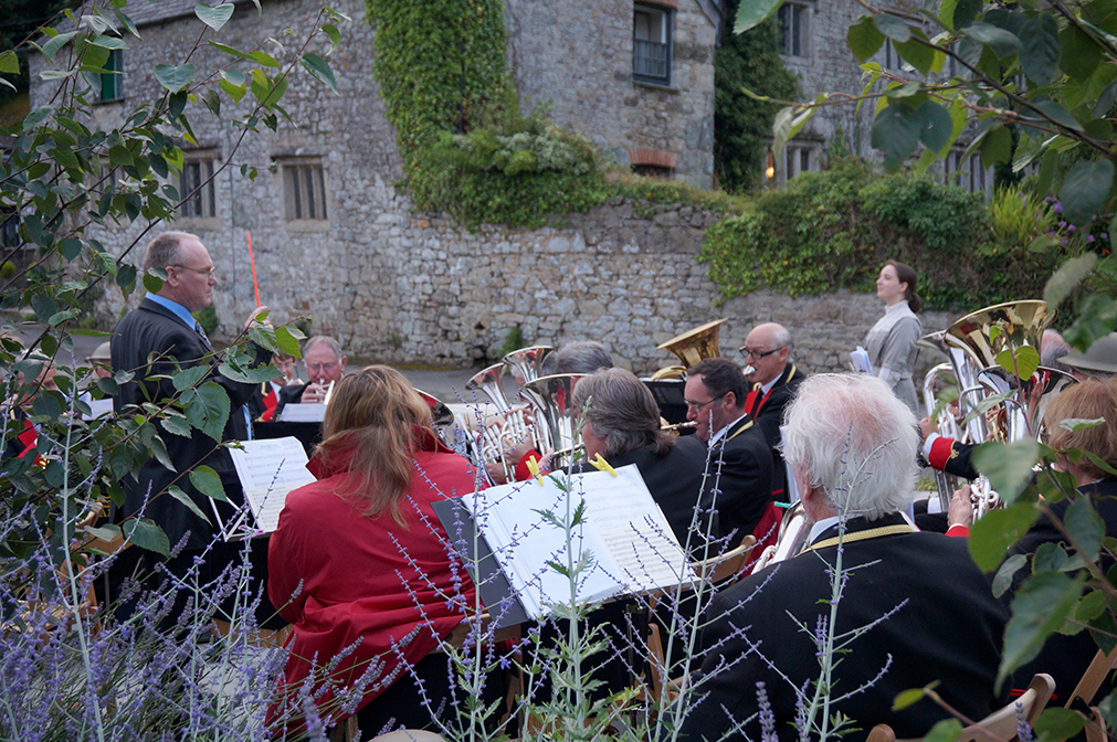 Live brass band outdoor music event at Pengenna Manor in Cornwall 01.jpg