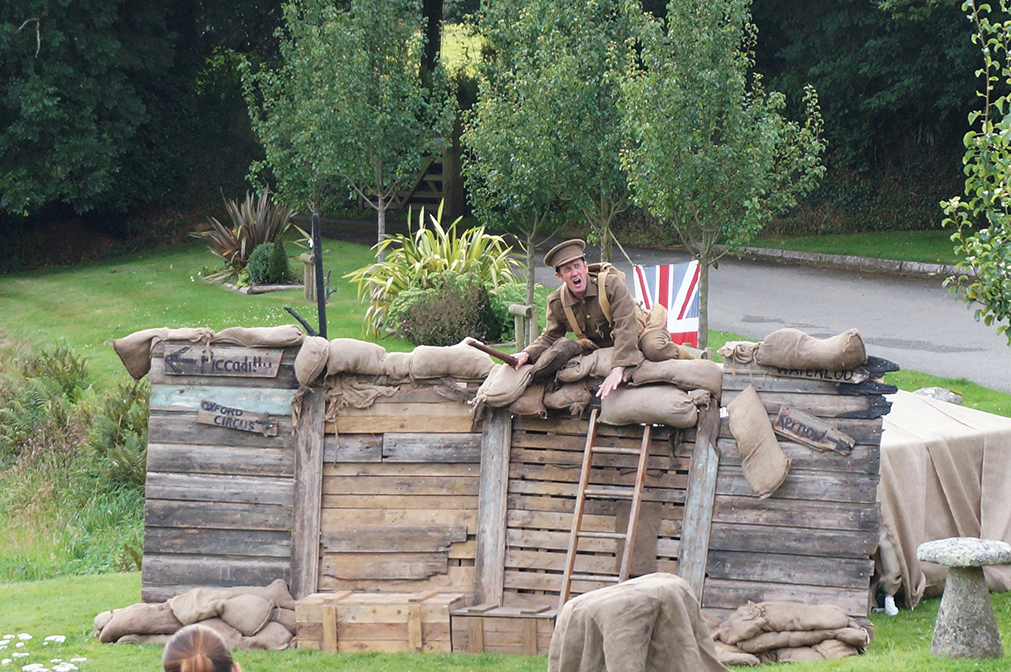 Outdoor theatre with NorthSouth Pals at Pengenna Manor event venue in Cornwall 02.jpg