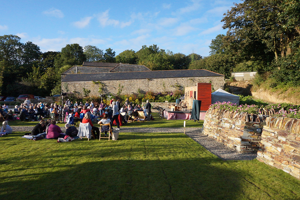 Outdoor open air theatre The Magnificent 3 by Miracle Theatre at Pengenna Manor event venue in Cornwall 04.jpg