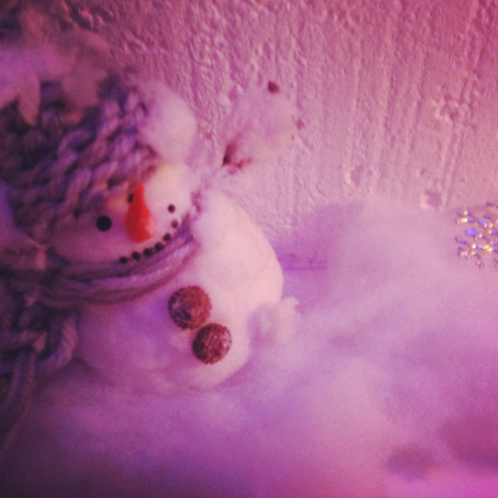 We had asimilaridea as John Lewis when it came to decorating for Christmas but on a slightly more erm, modest budget. Here in today's glimpse from the grotto is a festive scene featuring our very own snowman who looks like he's loving the -1 temperature in the Folk office. Well, that or he's just finished doing his Christmas shopping…