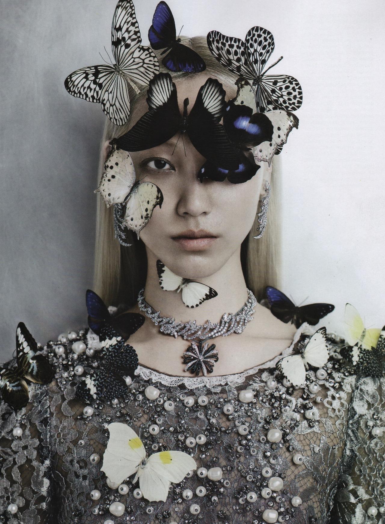 koreanmodel :     Soo Joo by Kevin Mackintosh for Vogue Italia Sept 2012
