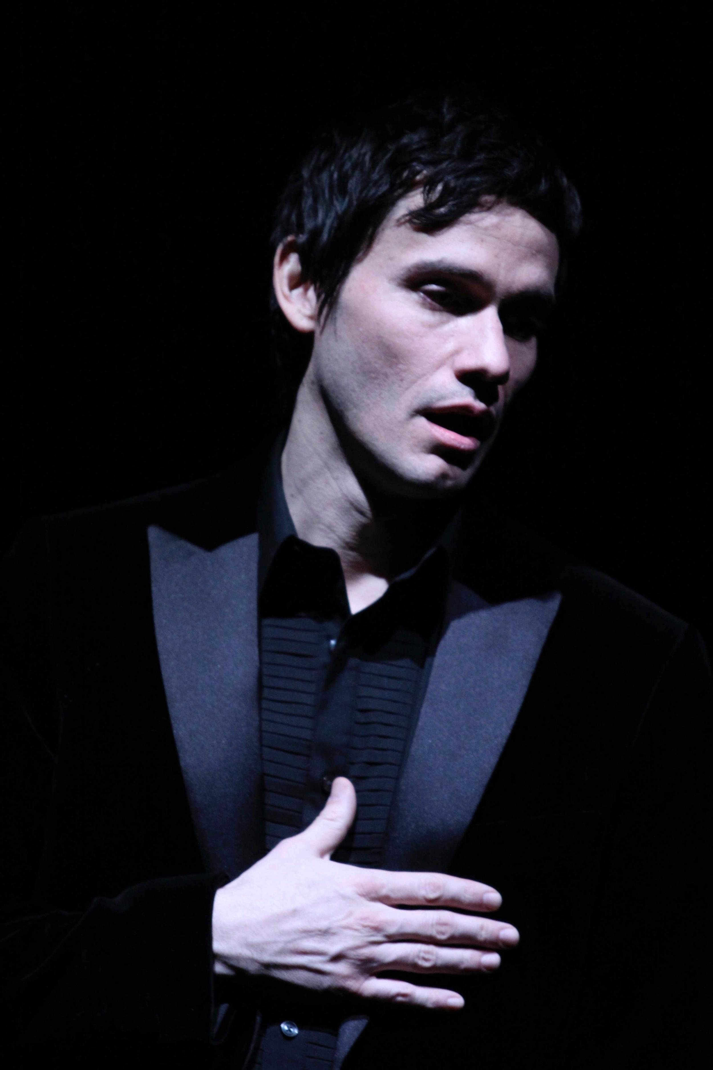 Hamlet- opening_2.jpg