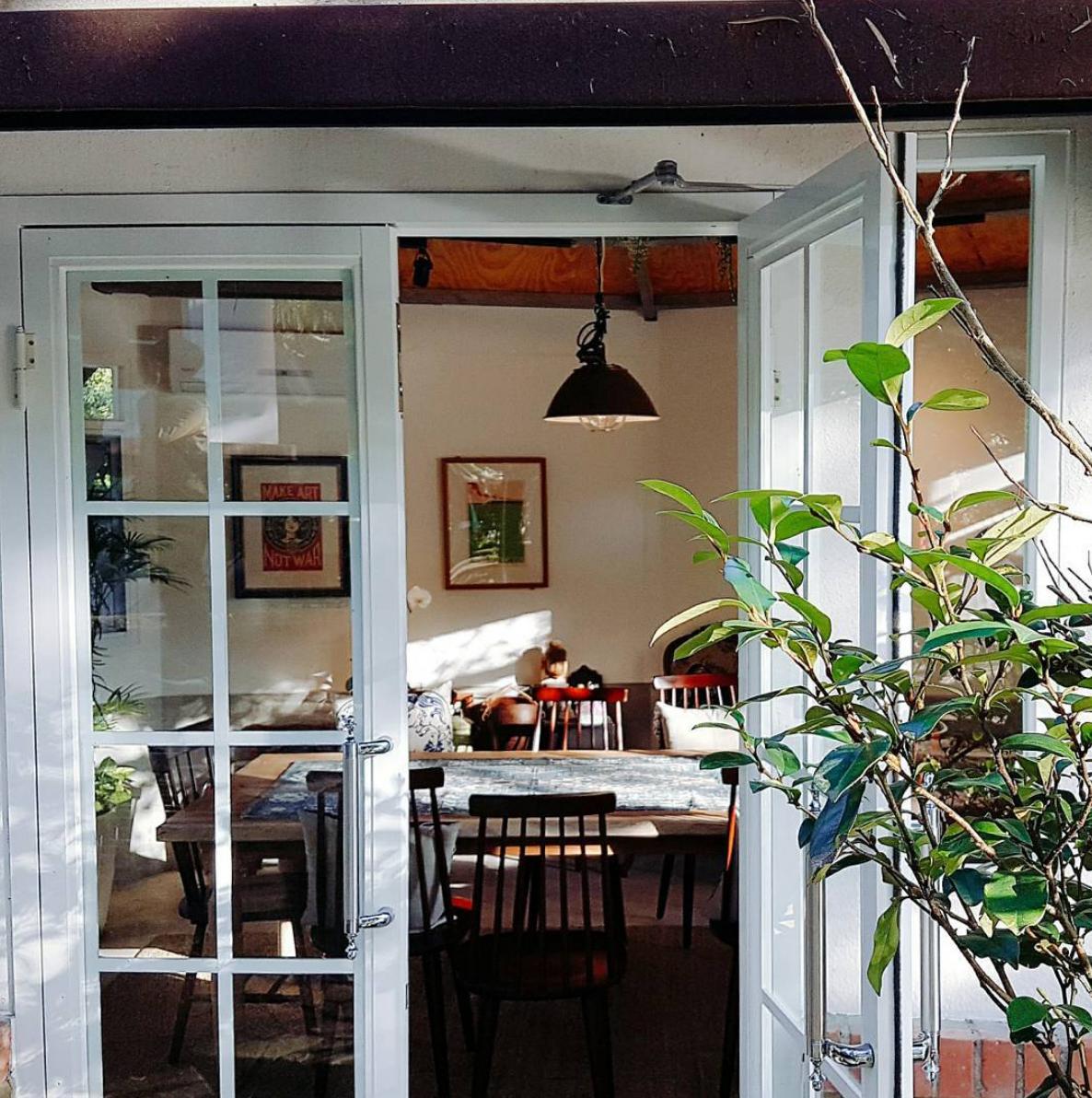 Living Cabin - Enjoy the Cozy Living Taste