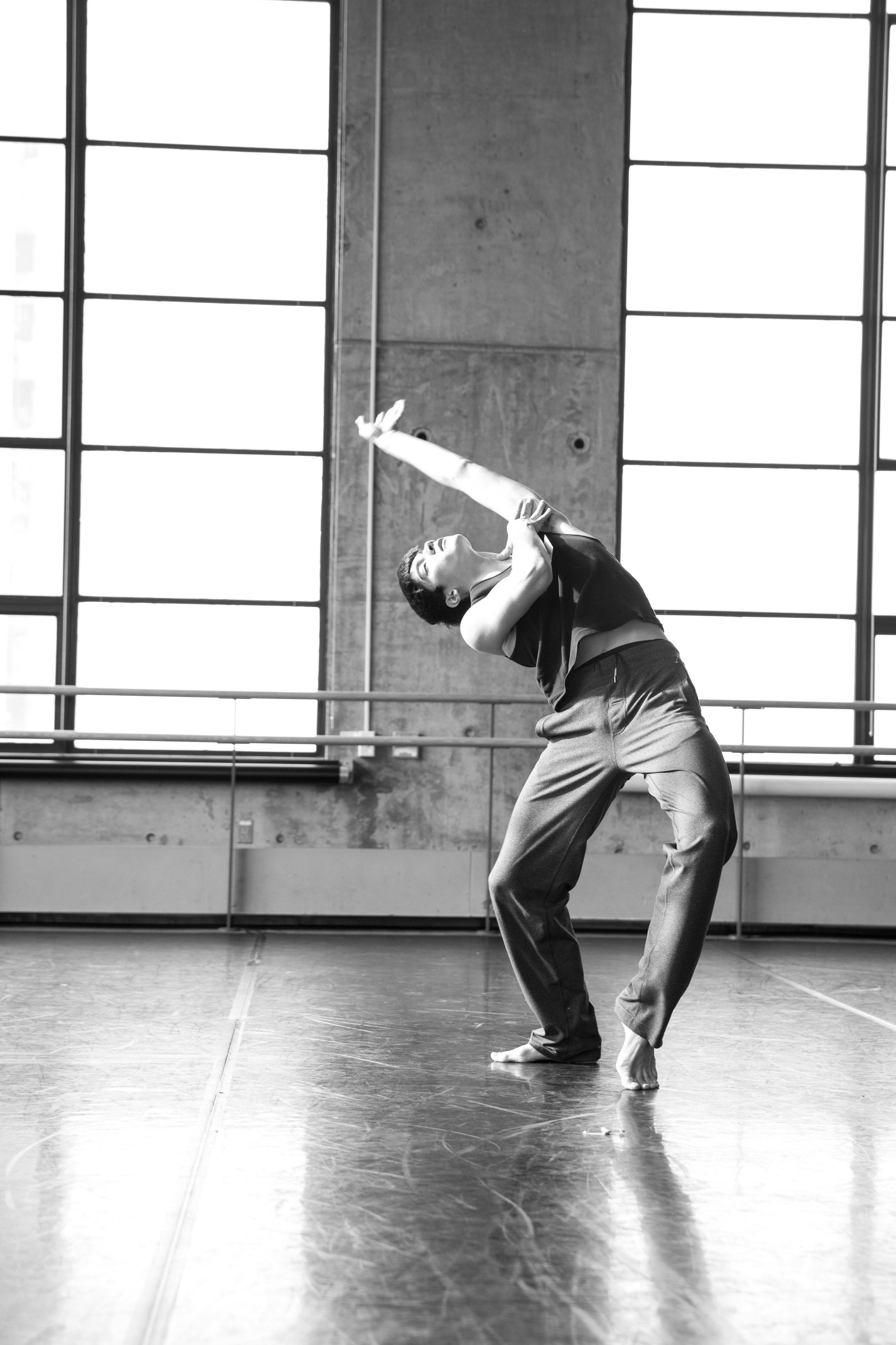 Zachary Gonder - At the age of five, Zachary Gonder started dancing at The Dance Connection, a local studio in his hometown north of Chicago. He then trained at the Chicago Academy for the Arts High School under the tutelage of renowned choreographer Randy Duncan. He graduated from Juilliard in 2018 and performed works there by Austin McCormick, José Limón, Aszure Barton, Pam Tanowitz, Richard Alston, Gustavo Ramirez Sansano and Crystal Pite. Zachary has worked for BODYTRAFFIC in L.A. as well as the Barton Sisters' Axis Connect Program. He performed in Pam Tanowitz's 'Four Quartets' at Bard College and the Barbican Theatre in London. Currently he also dances for Brian Brooks Moving Company and Zvi Dance. Zachary is excited to be dancing with NVA & Guests.(ig @zag11)Photo by Richard Corman for Axis Connect