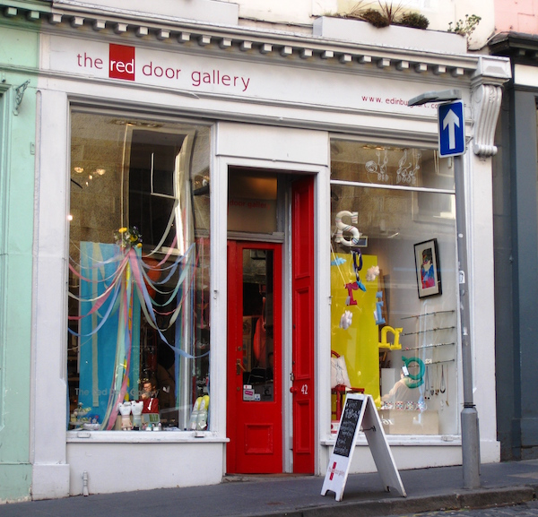 The Red Door Gallery, Edinburgh  Image credit : THE EDINBURGH CAFE ENTHUSIAST