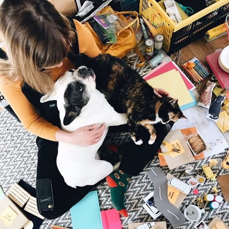 Lived my best Monday life with  @hollyphotobooth and the gang today 🐾  📷 PHOTO :  Holly Booth