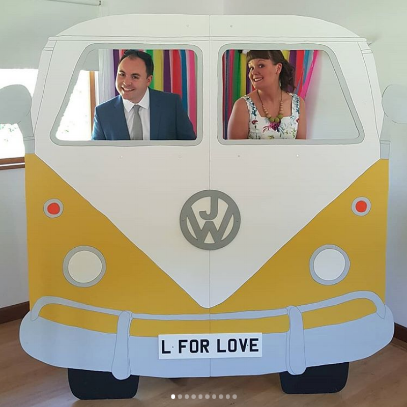 The lovely  @apriltowriess  and Sean looking fabulous in the Sunshine van!