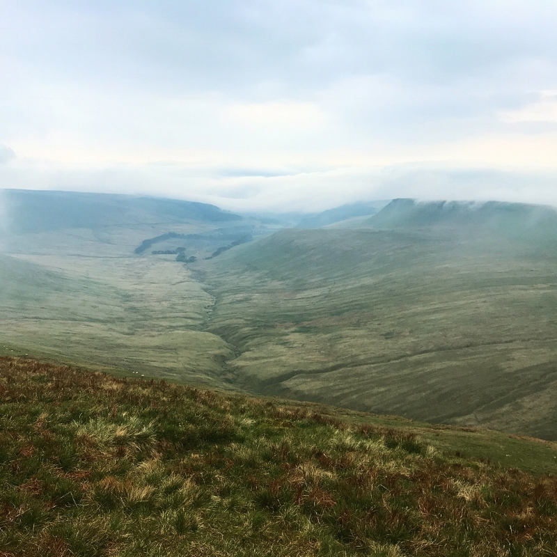 Morning yomp up Pen Y Fan, dodging the cloud and catching views when we could ☁️⛰☁️