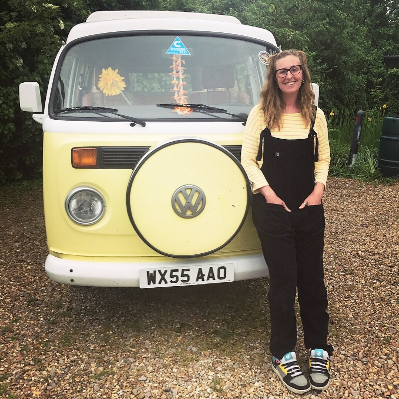 Remembering Nanna and Grandad and their campervan adventures 🚌(please excuse my cold sore ridden face - it hurt to smile!) #hellosunshineprojectvan