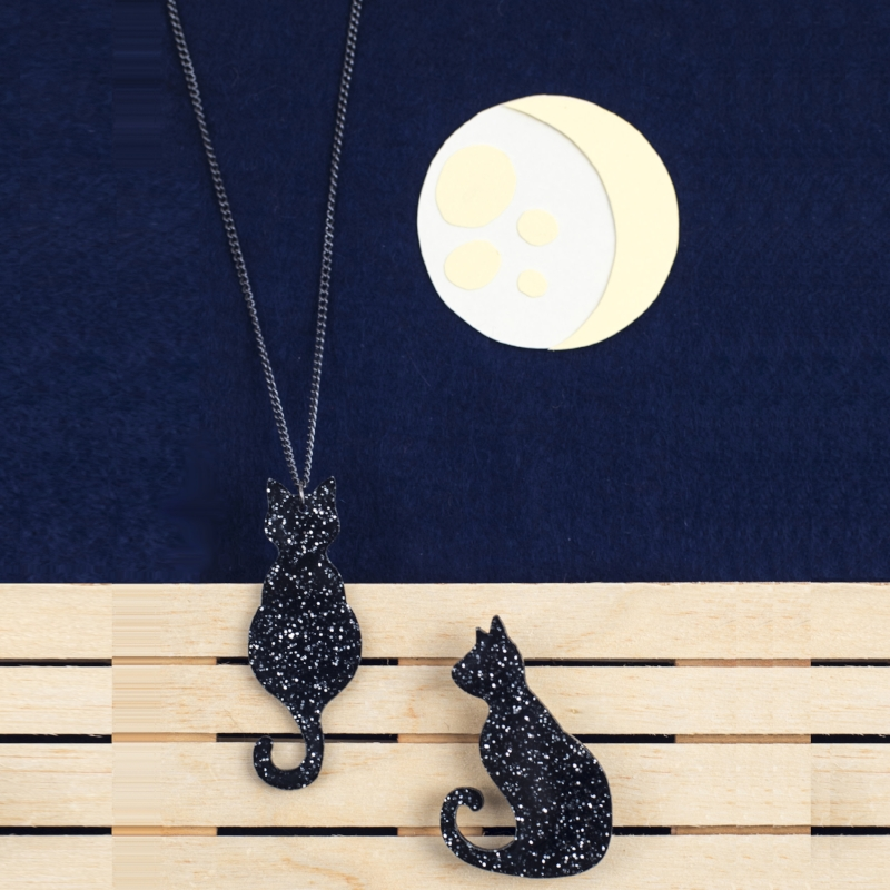 The Midnight Kitty  necklace  and  brooch , looking super sparkly in the moonlight!  📷    Holly Booth Photography