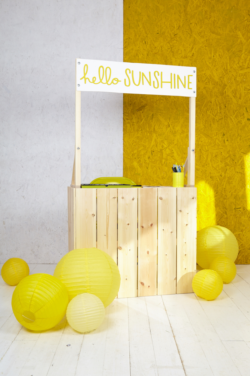 Wedding Fair stand complete and looking super sunshine-y in Kayti's studio!