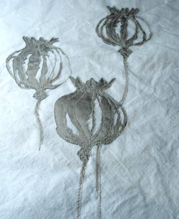 Helen Poremba Textile Artist - poppy-head-fabric-and-stitch