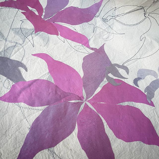 Starting a new commission. Love how this fabric changes its tone when seen from different angles. #textileart #artcommission #colourshifters #beautifulfabrics