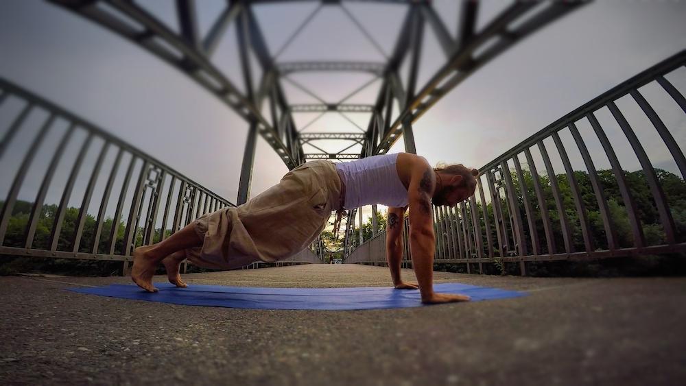 Yogabande_Hannover_Bauch_Kosta.jpg