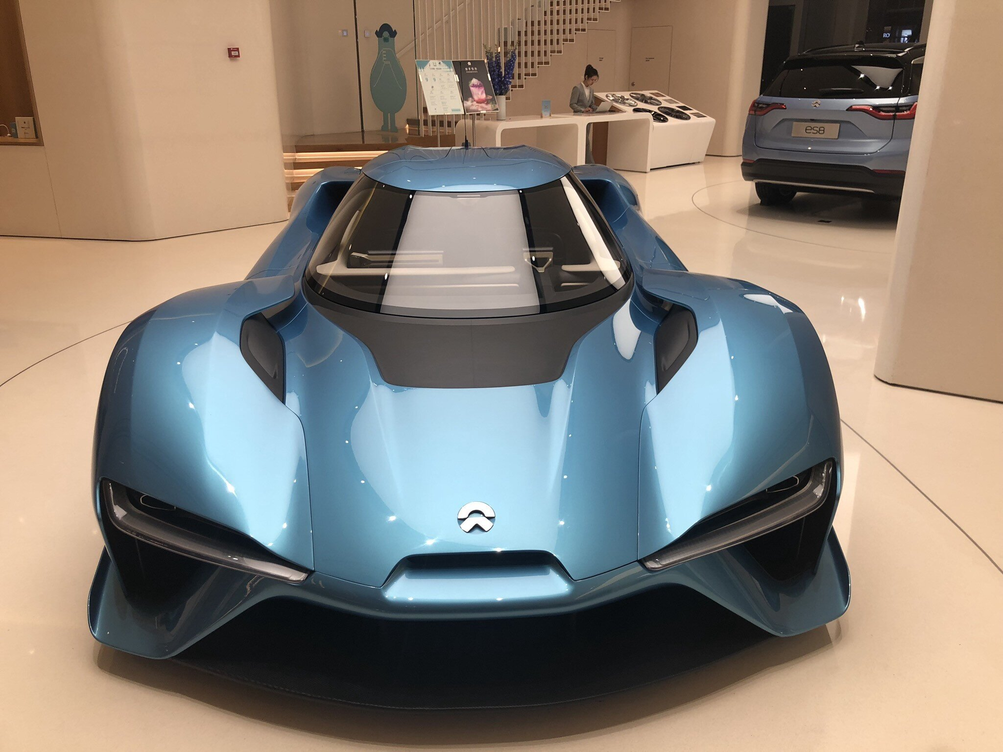 Visiting the NIO House in Shenzhen. Pictured in front is the EP9, the fastest EV supercar in the world, and the ES8 SUV in the background.