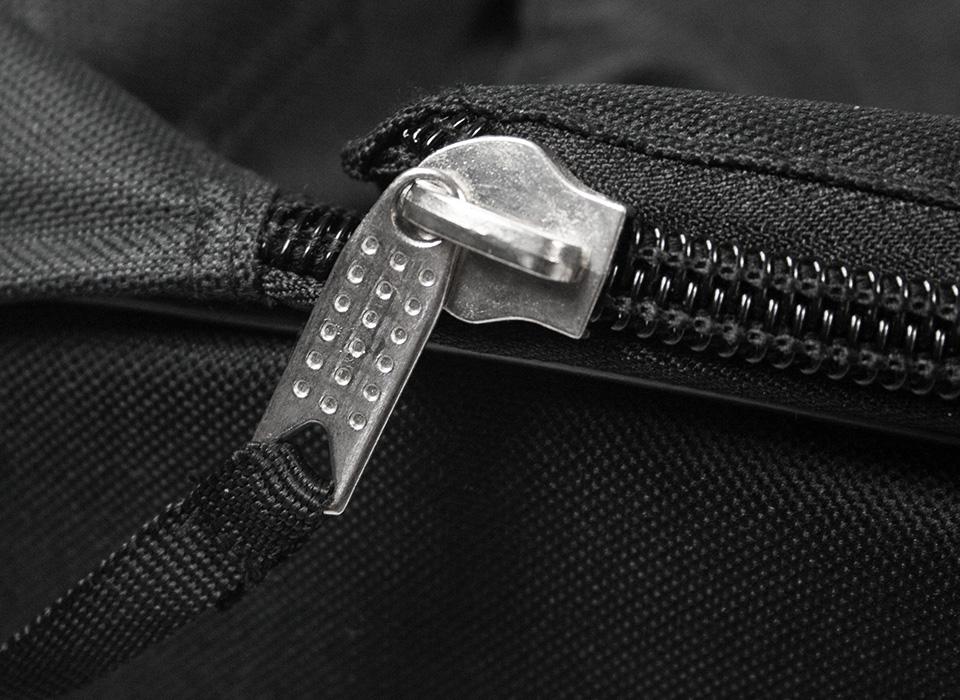 storage_case_4999_closeup_zipper.jpg