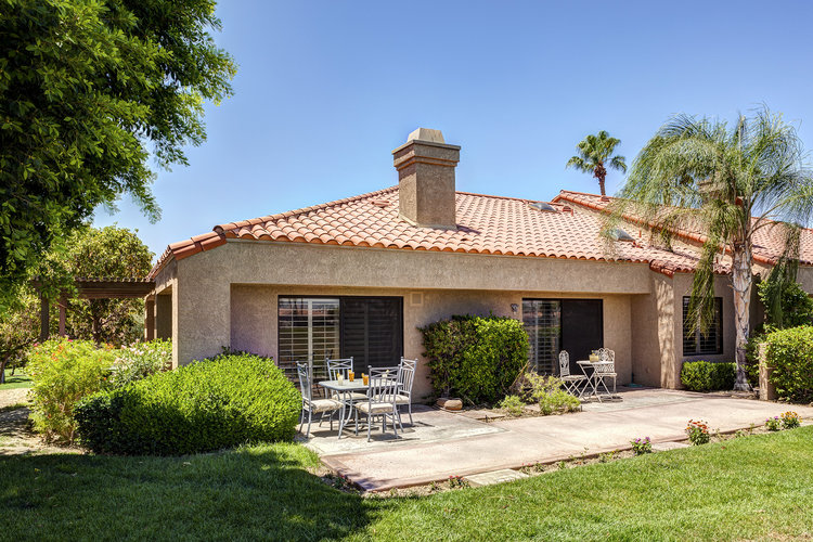 Newly Remodeled at Duna La Quinta on the Golf Course